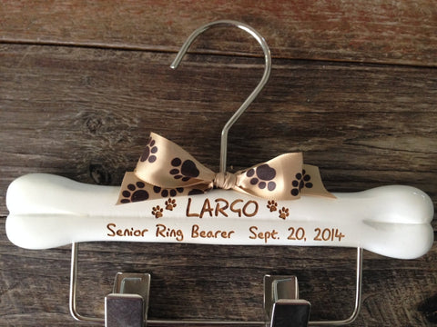 Dog Ring Bearer Hanger, Wedding Hanger, Dog Wedding, Dogs Leash Hanger, Dog Clothes Hanger, Engraved Dog Hanger, Personalized Dog Hanger