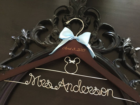 Disney Wedding / Disney Bride Hanger / Minnie Mouse Hanger / Wedding Hanger / Personalized Hanger / Bridal Hanger / Burned