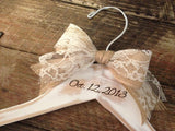 Rustic Bridal Hanger / Shabby Chic Bride Hanger / Wedding Hanger / Distressed Hanger / Rustic Wedding / Shabby Chic Wedding / Personalized