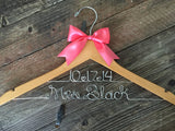 Wedding Hanger / Bride Hanger / Personalized Bride Gift / Mrs. Hanger / Name Hanger / Personalized Hanger / Bridal Hanger / Shower Gift