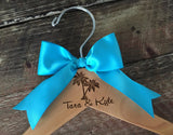 Beach Bride Hanger,  Palm Tree Wedding Hanger, Beach Wedding, Personalized Gift, Wedding Hanger, Tropical Wedding, Palm Tree Wedding