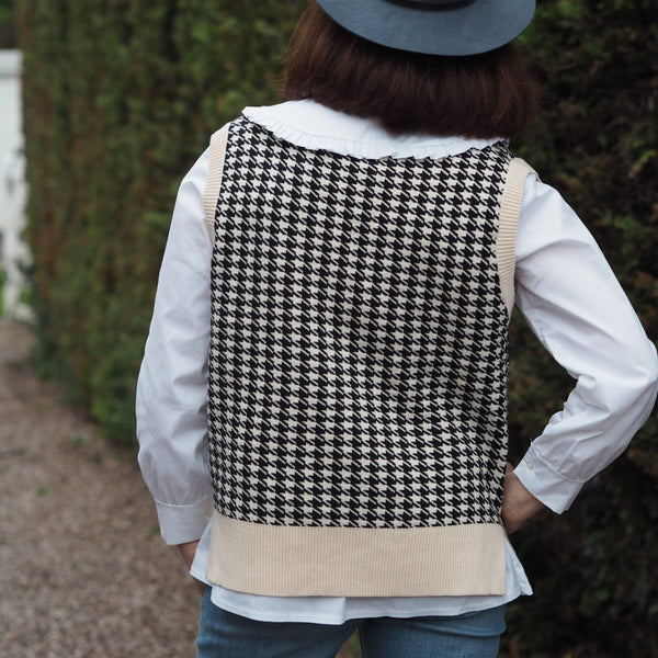Houndstooth Print V neck sweater Tank Top