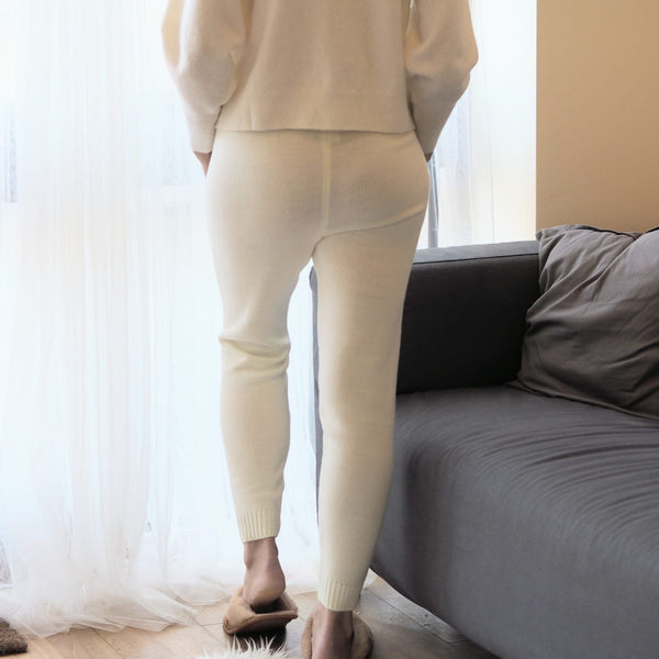 Cream Knitted Leggings