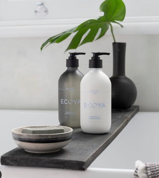 ECOYA HAND AND BODY WASH 450ML