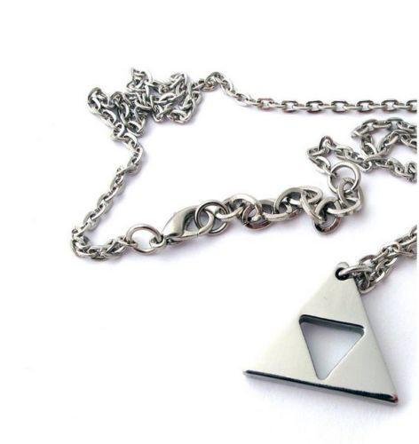 The Legend Of Zelda - Exclusive: The Legend Of Zelda Triforce Necklace ★ FREE ★