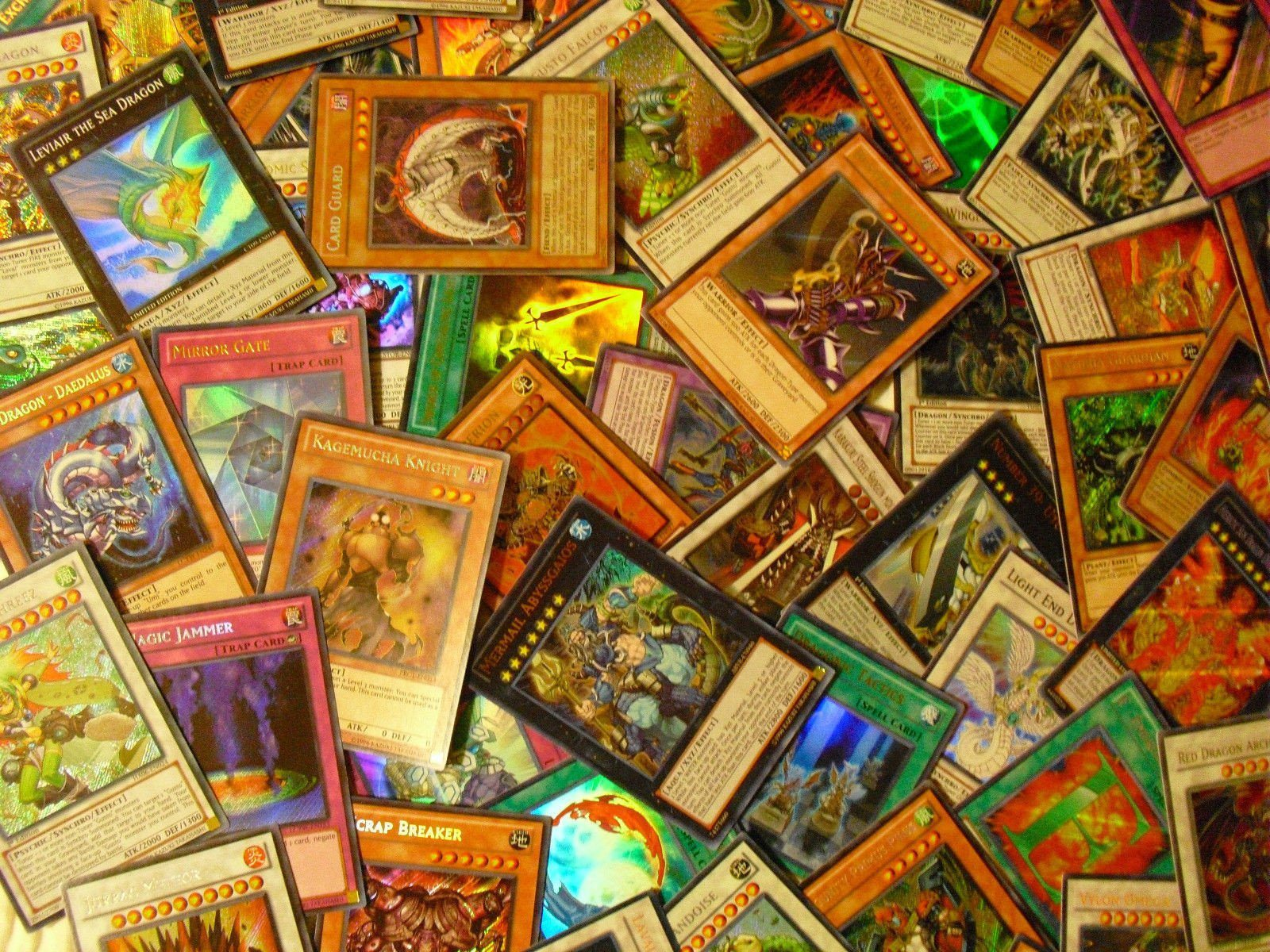 Yu-Gi-Oh! - *100* Yu-Gi-Oh! Mixed Cards Lot With Rares & Holofoil Mint Collection **50% OFF**