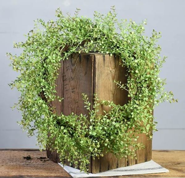 "18"" Baby Grass Wreath - Plush"
