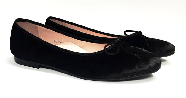 Beberlis Black Velvet Ballet-Tassel Children Shoes