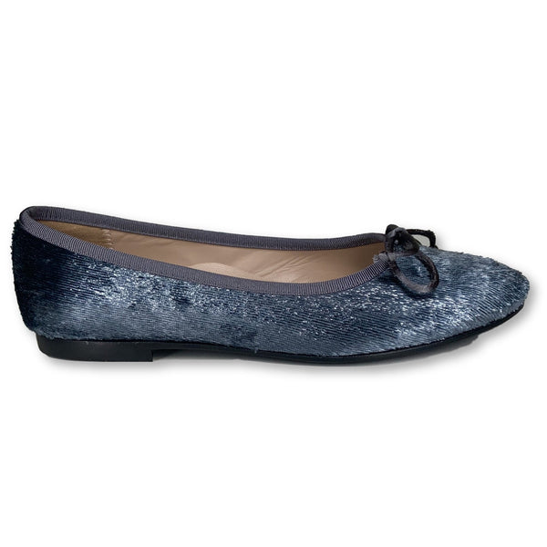 Beberlis Gray Shimmer Velvet Ballet-Tassel Children Shoes