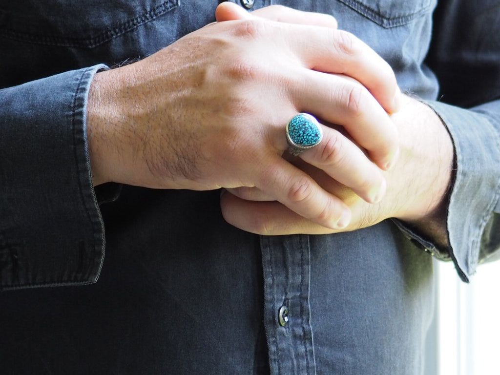 Black webbed Kingman Turquoise Ring