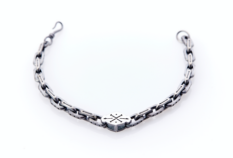 Oxidised Sterling Silver Linked Bracelet / Cross-Bones Centre Plate