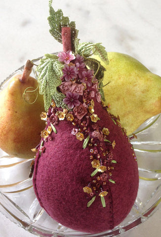 Evie - a pear pincushion