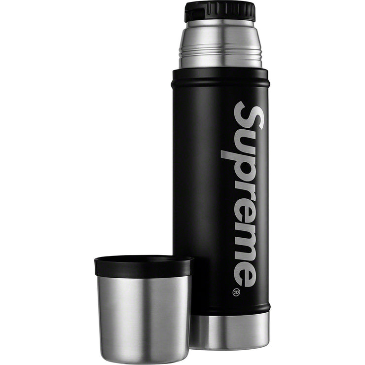 SUPREME/STANLEY - 20. OZ VACUUM INSULATED BOTTLE (BLACK)