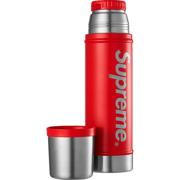 SUPREME/STANLEY - 20 OZ. VACUUM INSULATED BOTTLE (RED)