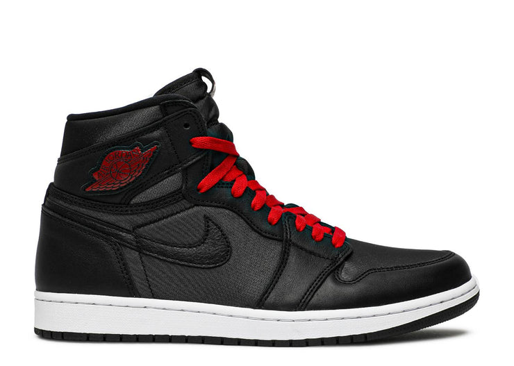 AIR JORDAN RETRO 1 HIGH OG - BLACK SATIN