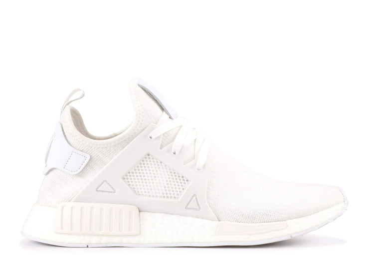 size 40 40434 71223 NMD XR1 PK - TRIPLE WHITE