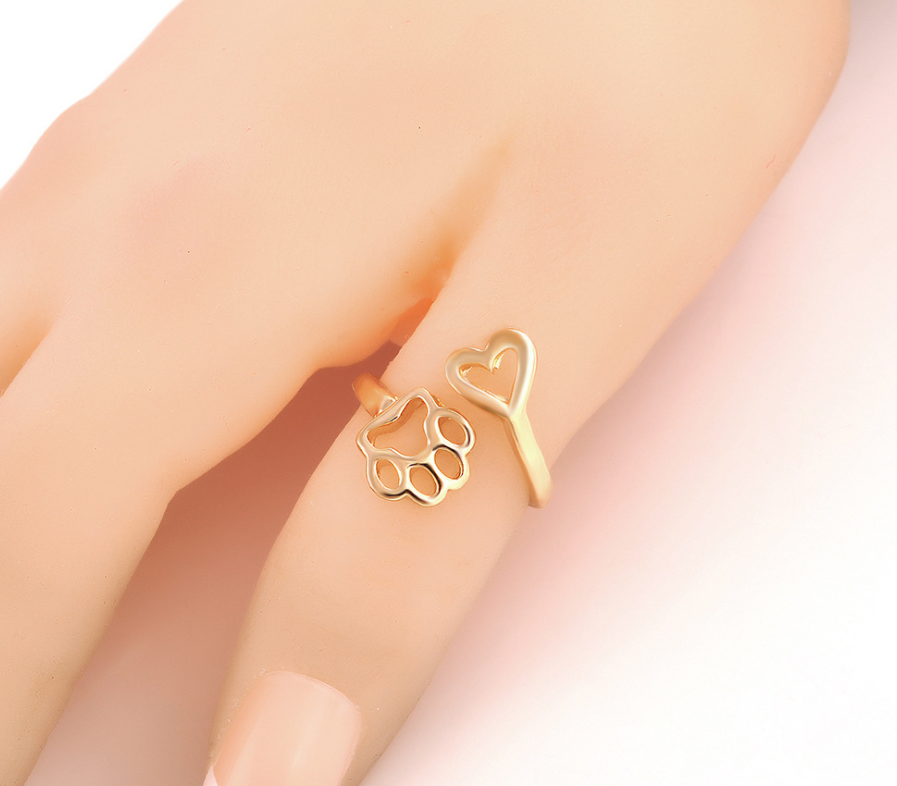 Adjustable Paw and Heart Thumb Ring
