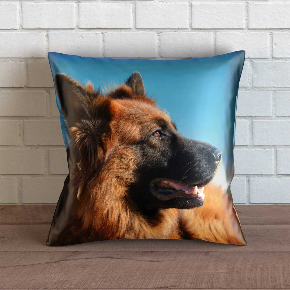 "Realistic German Shepherd Throw Pillow Cover - 18"" x 18"""