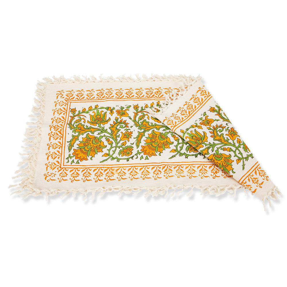 Fall Harvest Table Runner · Fall Harvest Table Runner   Isabella Catalog