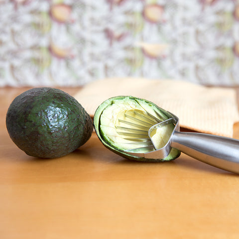 Avocado Slicer - Isabella Catalog