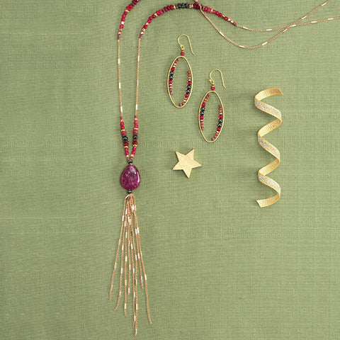 Red Aventurine Necklace & Earrings - Isabella Catalog