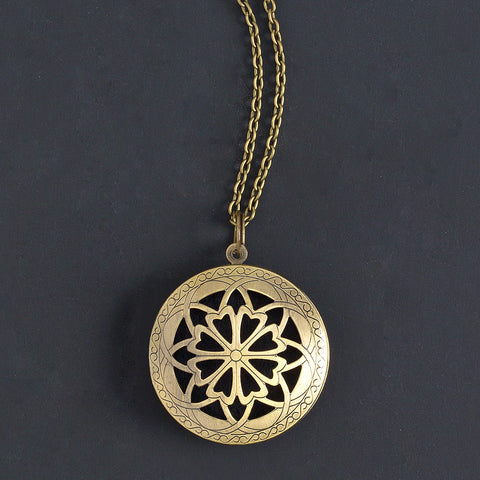 Antiquated Gold Diffuser Necklace - Isabella Catalog