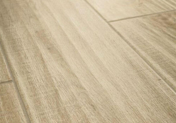 Kingsbridge Wood Effect Porcelain Ciasa