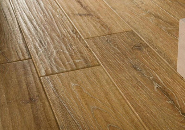 Kingsbridge Wood Effect Porcelain Stube