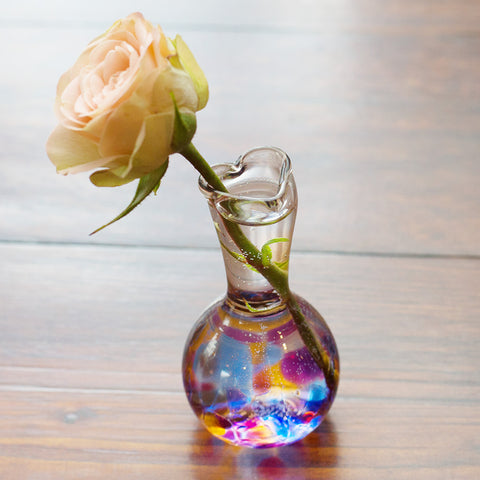 Heart Bud Vase - Chinaberry Catalog