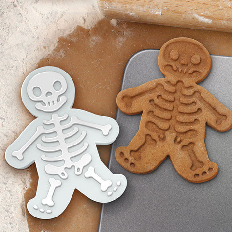 Gingerdead Men Cookie Cutter - Chinaberry Books, Toys & Treasures