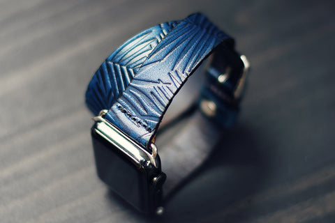 Double Tour Leather Apple Watch, Palm Leaves