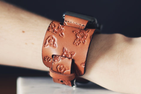 Apple watch leather Cuff Band, Roses