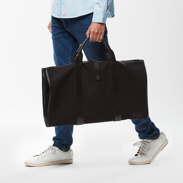 Hult Suit Carrier with Leather trim