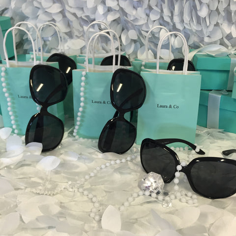 20 Customized 5x8 Bag, Pearl, and Round Sunglasses Set