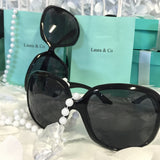 10 Favor Box, Customized Bag, Pearl, and Round Sunglasses Set