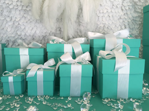 6x6 Gift Box With Ribbon