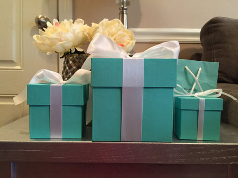 3x3 Gift Box With Ribbon