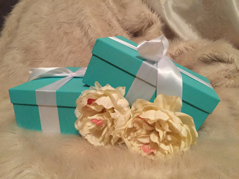 Set of 5 Gift/Shoe Boxes With Ribbon