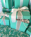 9x9 Bling Gift Box Centerpiece With Ribbon