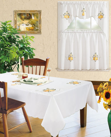 Kitchen Curtain and Matching Tablecloth Layla-626
