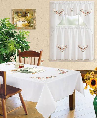 Kitchen Curtain and Matching Tablecloth Layla-628
