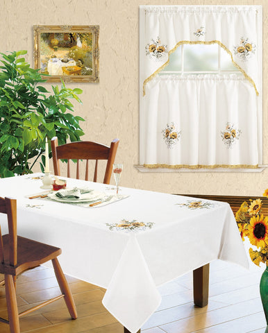 Kitchen Curtain and Matching Tablecloth Layla-629