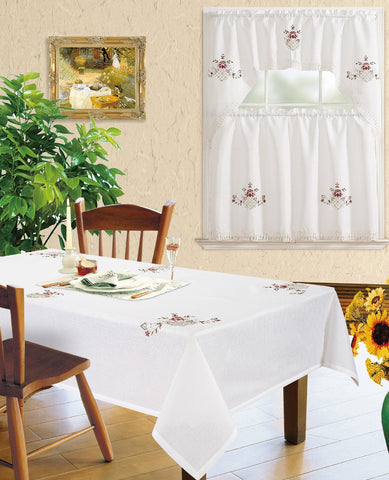Kitchen Curtain and Matching Tablecloth Layla-630