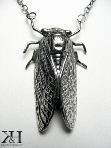 Empress Cicada Trenta necklace