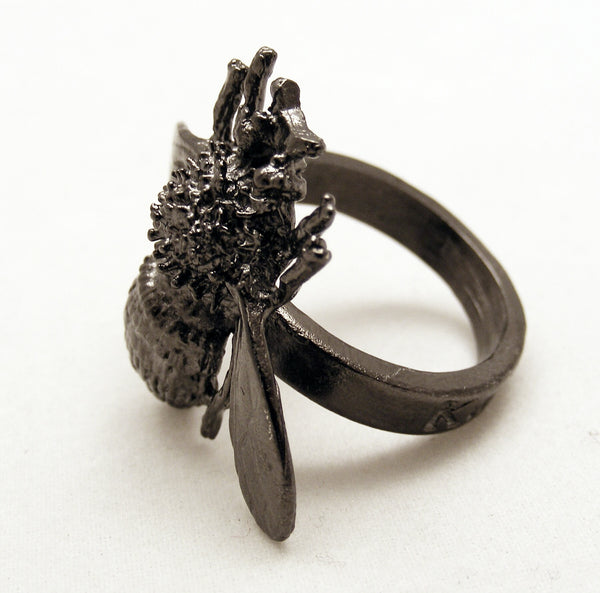 Trenta Empress Josephine Bee ring