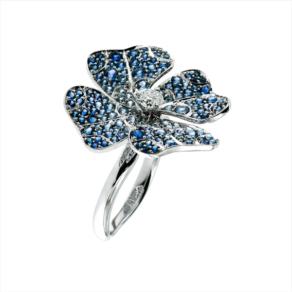 Ring White Gold with Blue Sapphires and White Diamonds