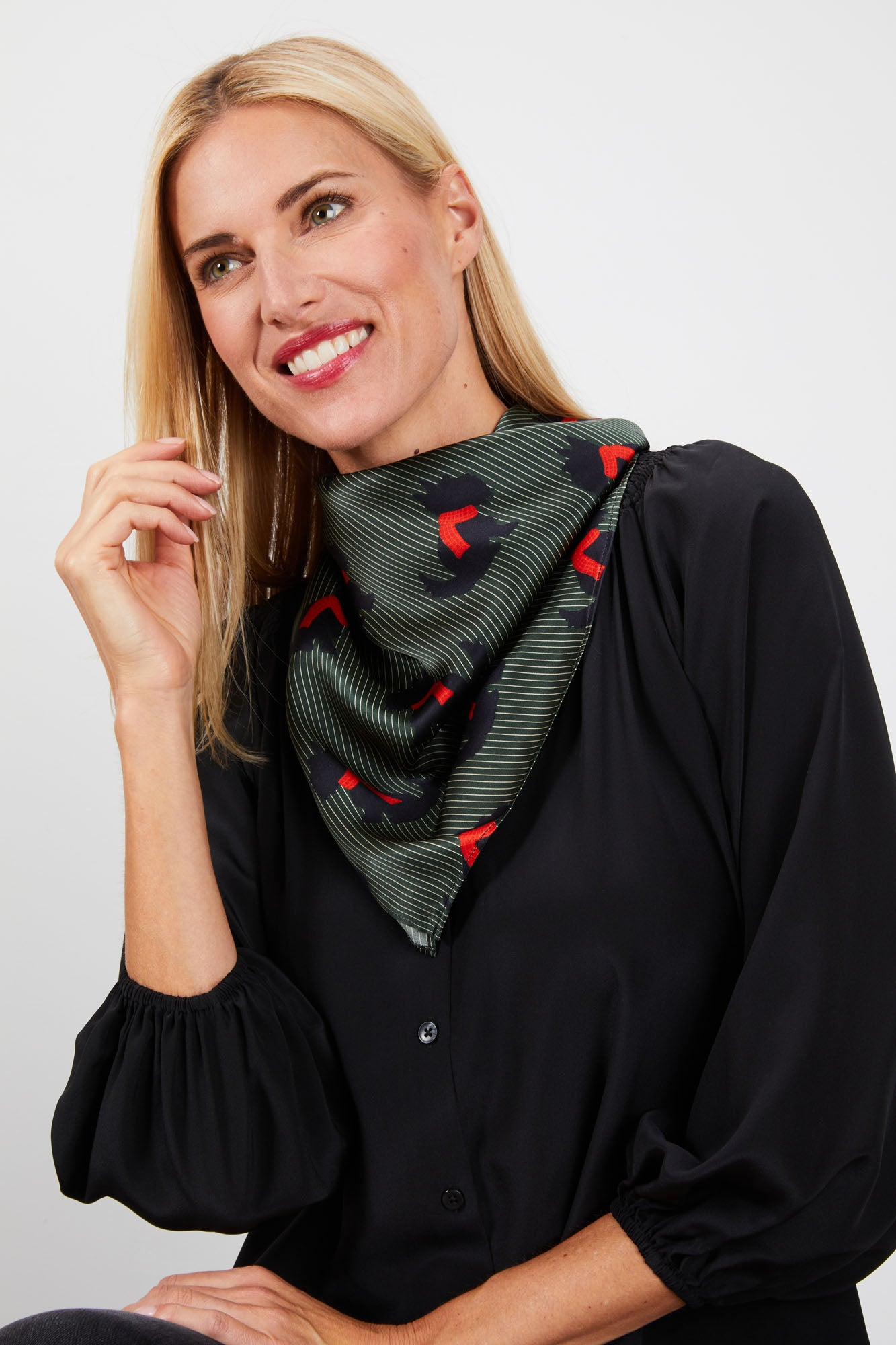 Lily Scarf | Black Scotties