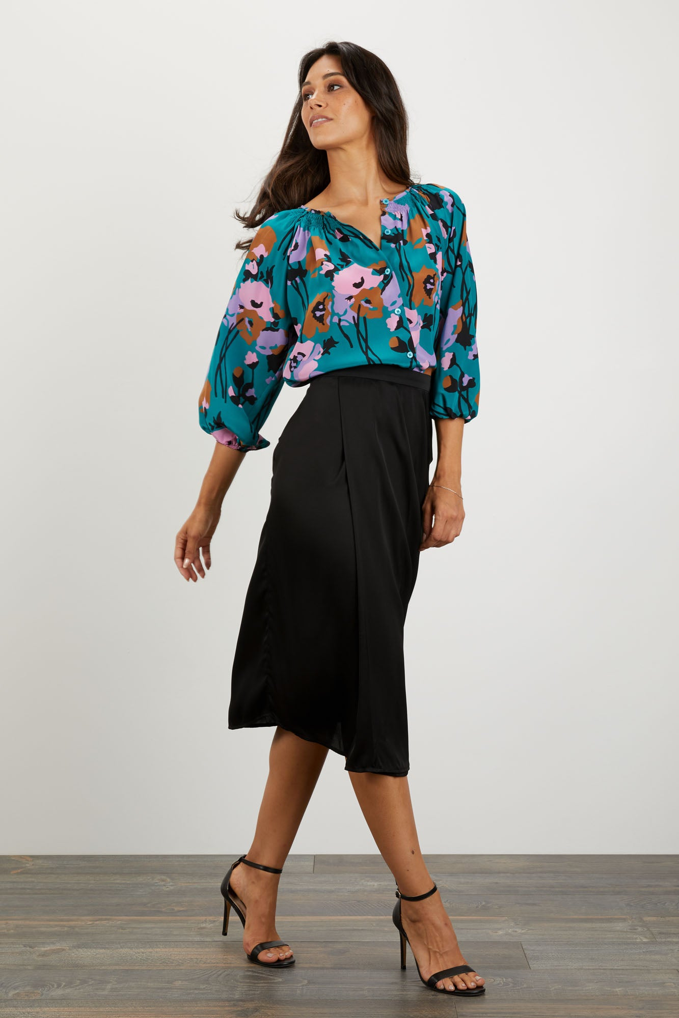 The Classic Blouse | Dini's Navy Floral