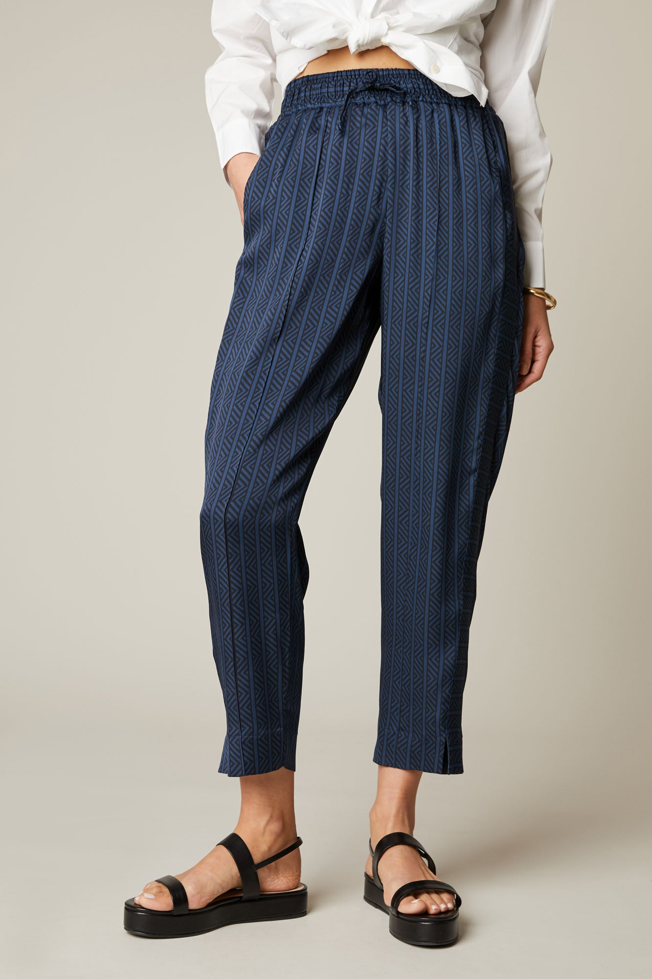 Julia Pant | Navy Chevron