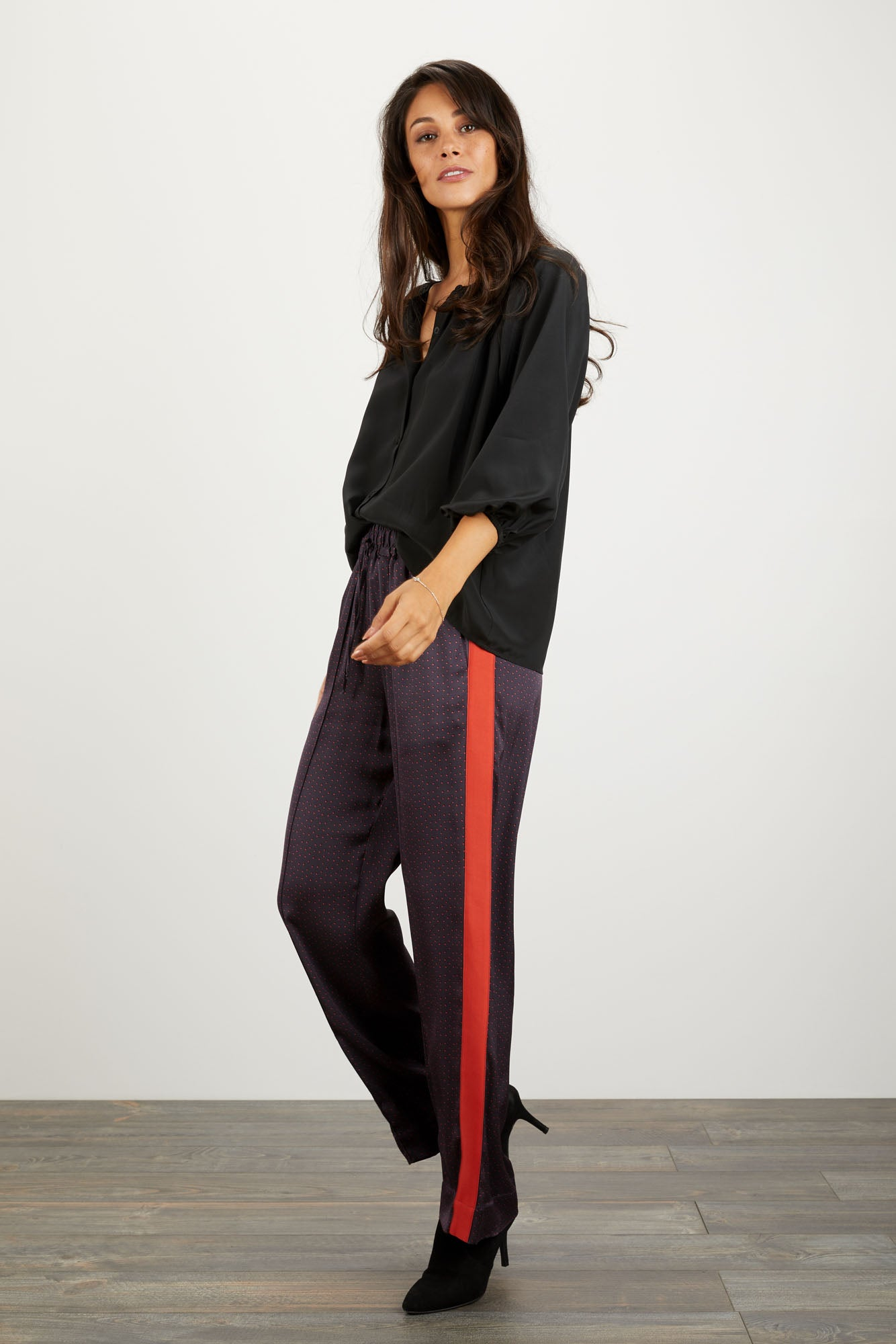 Camilla Pant | Purple Dot